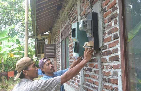 Perbedaan kWh Meter Prabayar dan Pascabayar